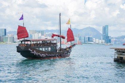 Hong Kong Junk Cruise
