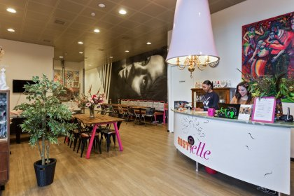 The nice reception at Hostelle Female Only