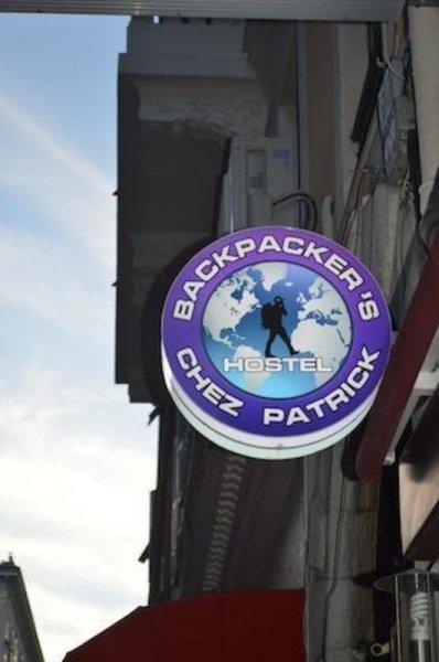 Hostal Chez Patrick Backpackers