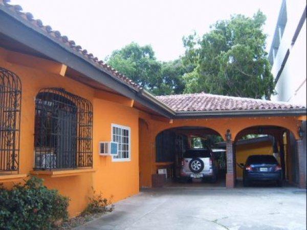 Villa Michelle