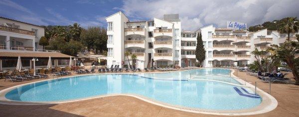 Overview of aparthotel la p rgola palma de mallorca for La pergola palma