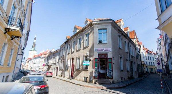 Old Town Alur Tallinn
