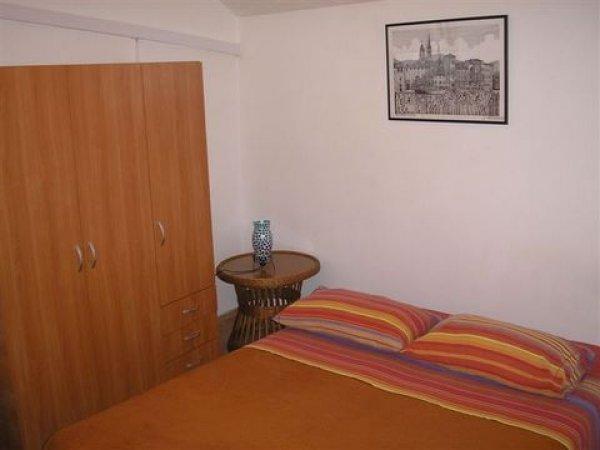 Studio apartment Goran
