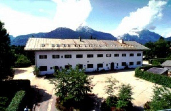 Youth Hostel  Berchtesgaden / Jugendherberge Berchtesgaden
