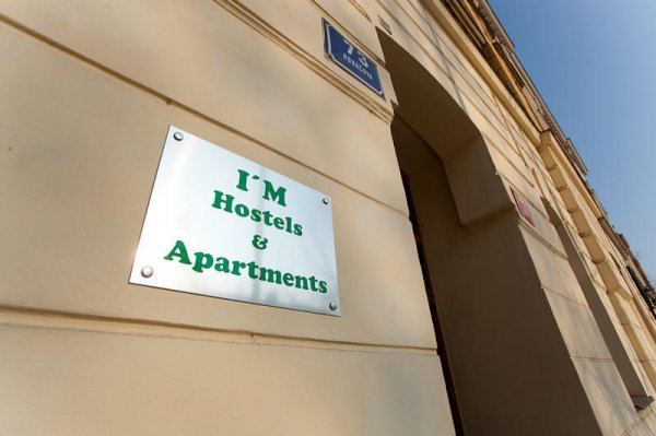 Hostal I'M s and apartments