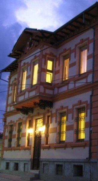 Chola Guest House