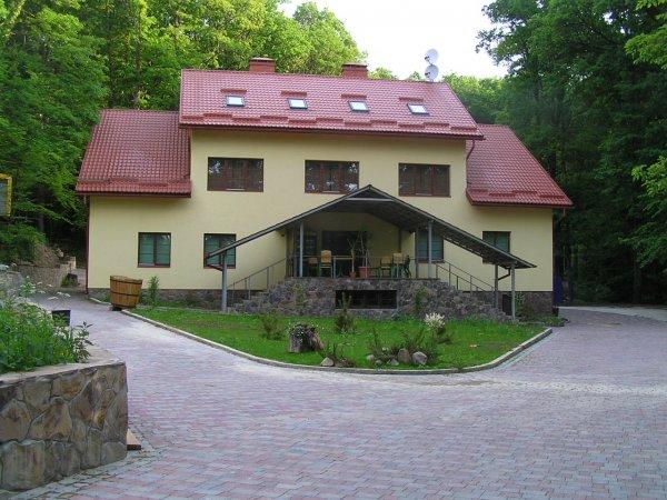 Dubky Hotel
