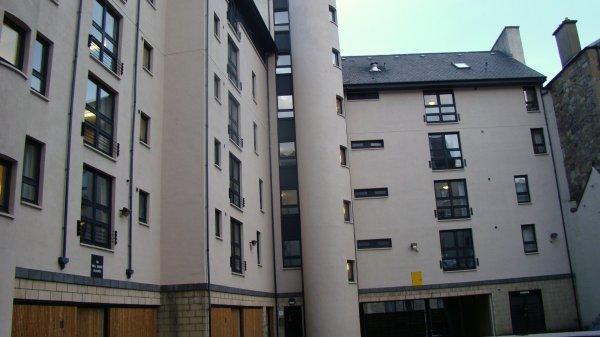 Auberge Euro  Edinburgh Halls