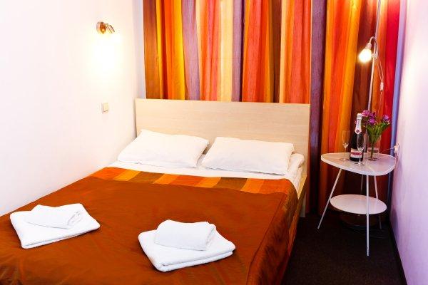 GoodNight Hotel