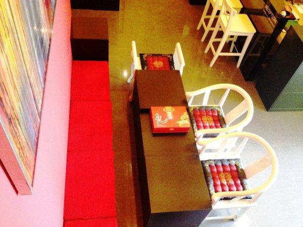 Hostal Moni Gallery