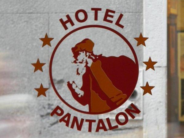 Hotel Pantalon