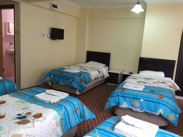 Istanbul Paris Hotel & Hostel