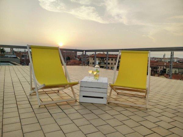 Sunny Terrace Hostel Giudecca