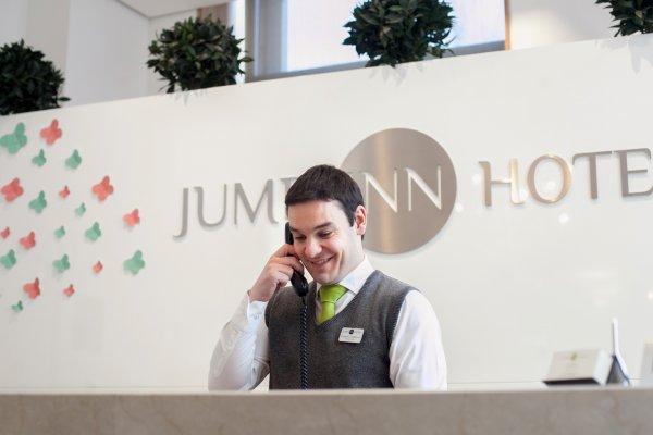 Jump INN Hotel