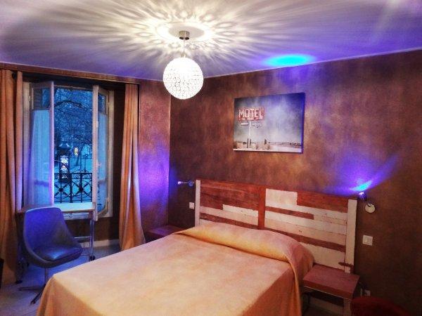 Adonis Sacré Coeur - Hôtel Roma