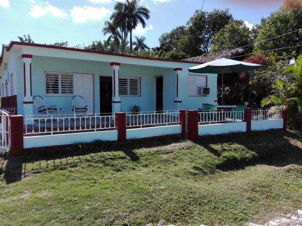 Villa Sra Celorio Rubé y Yanet