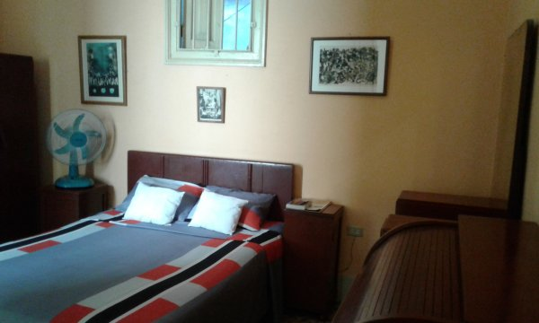Centrally located house & hostel