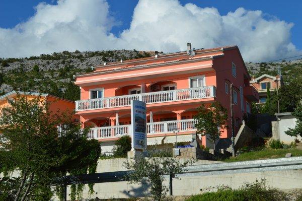 Amari apartments