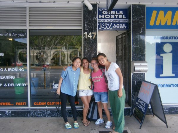 Hostal Cairns Girls