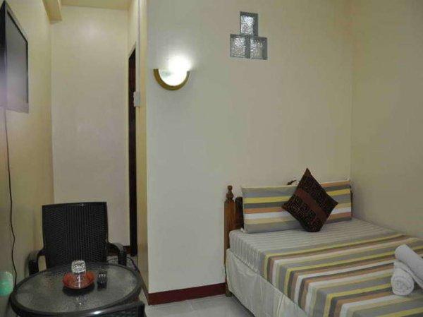 D' Lucky Garden Inn & Suites Palawan