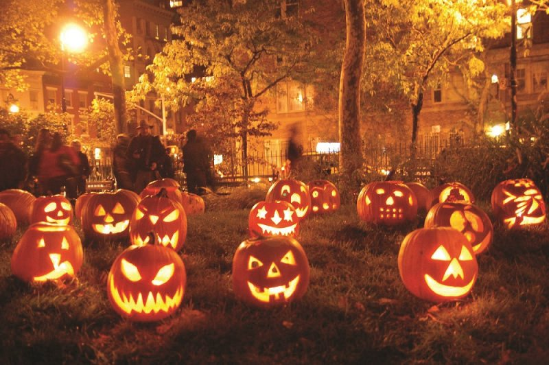 Hostels and Haunting: Have a Happy Halloween! - HostelsClub.com