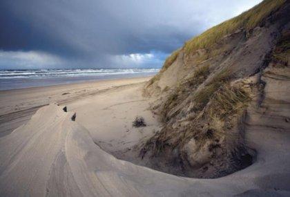 Die Küste ist perfekt für Strand-und Surfurlaub (big)