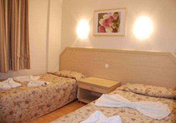Tuntas Apart Hotel Altinkum