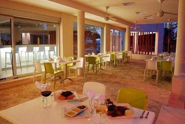 Ramada Cancun City Hotel