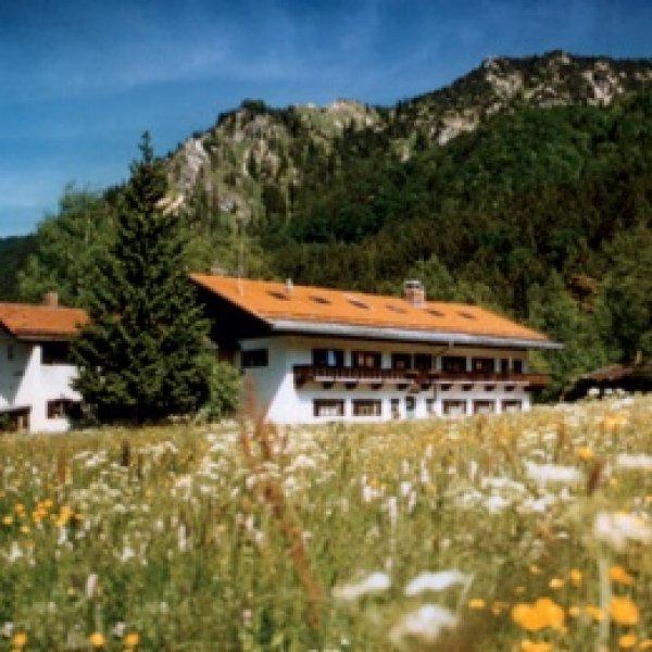 Schliersee Youth Hostel   /Jugendherberge Schliersee