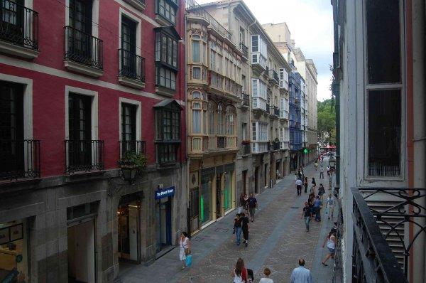 AliciaZzz B&B Bilbao