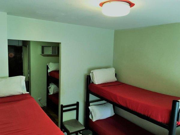 Hostal  Suites Florida