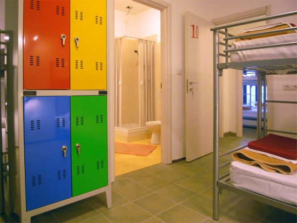 Hostel Colours