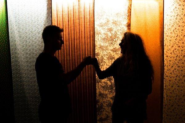 dating relație roșu steaguri nu se datorează prezervativul