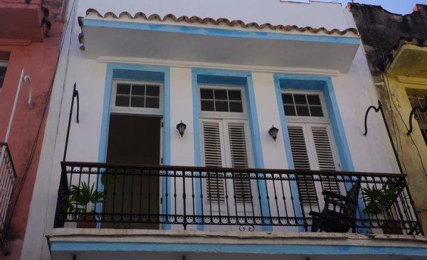 Casa Adela Altos