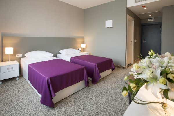 88 Rooms Hotel