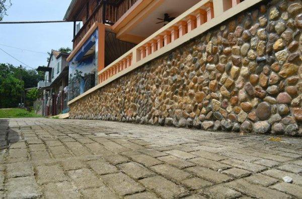Auberge Benque Resort and Pents