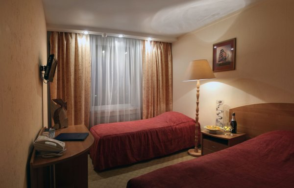 Polo Regatta Hotel