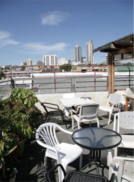 Hostal City Resort