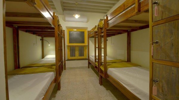 Horn Ok Please Hostel