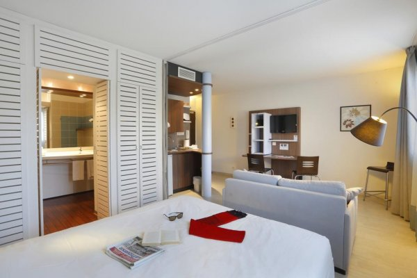 RESIDENCE SUITE HOME