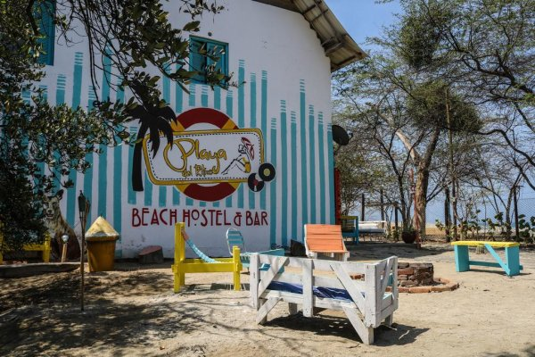 Playa del Ritmo Beach Hostel & Bar