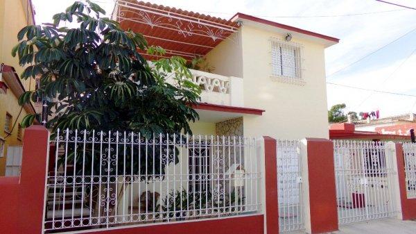 Hostales Yaneva - Casa Yanet