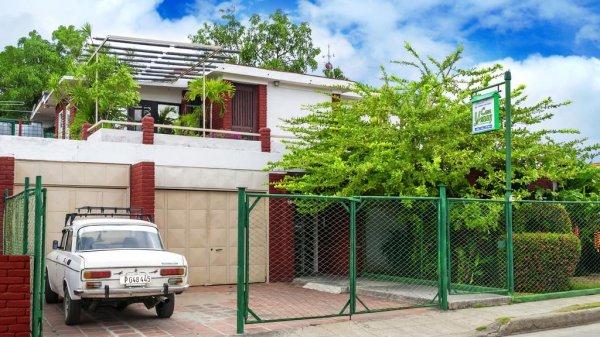 Hostales Yaneva - Casa Jenny