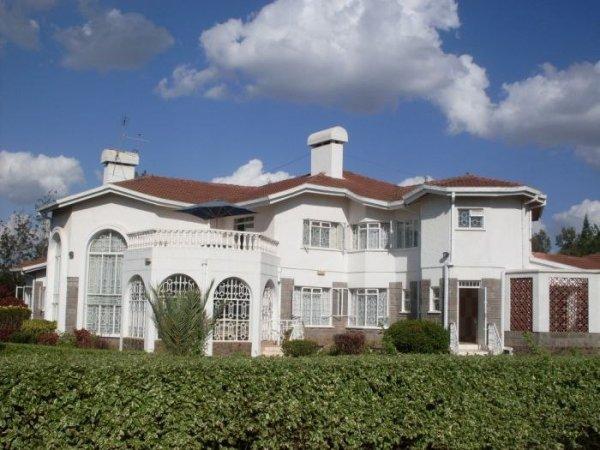 Bush House & Camp